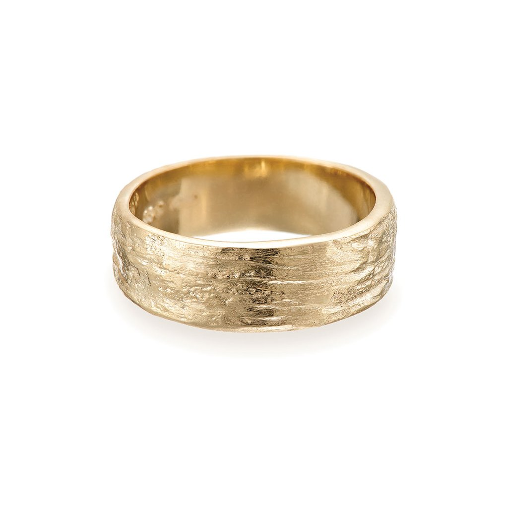 Chupi-Solid-Gold-Ring-Love-is-an-Ocean-Wide-Band-1_1024x1024